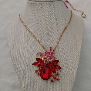 Nwt Red teardrop stones sweater necklace